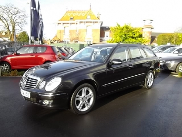 Mercedes CLASSE E d'occasion (01/2007) en vente à Villeneuve d'Ascq
