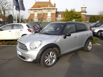 Mini COUNTRYMAN d'occasion (04/2011) disponible à Villeneuve d'Ascq