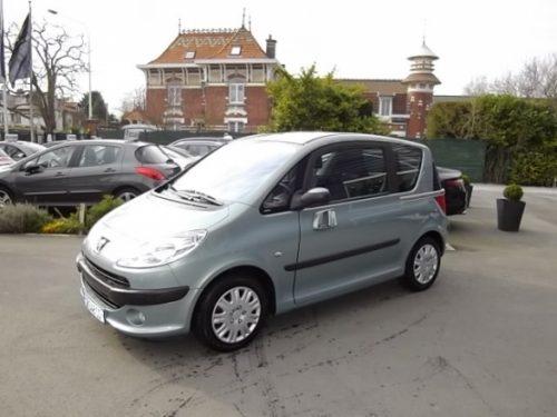 Peugeot 1007 d'occasion (05/2005) en vente à Villeneuve d'Ascq