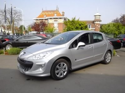 Peugeot 308 d'occasion (03/2011) disponible à Villeneuve d'Ascq