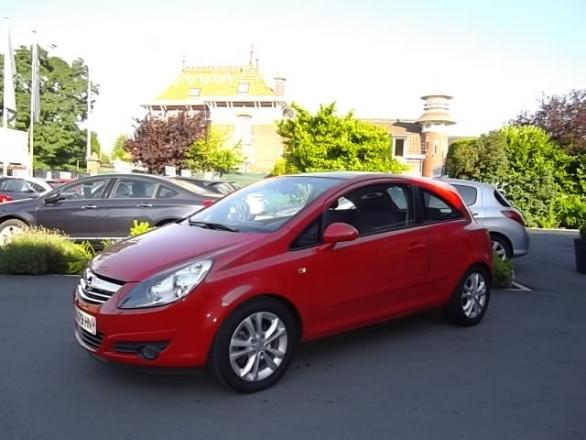 Opel CORSA d'occasion (04/2007) en vente à Croix