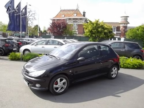 Peugeot 206 d'occasion (07/2005) disponible à Villeneuve d'Ascq