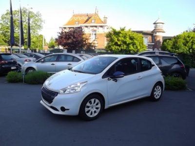 Peugeot 208 d'occasion (05/2014) en vente à Villeneuve d'Ascq