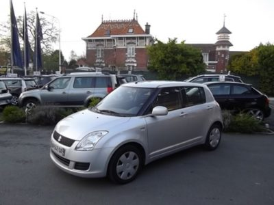 Suzuki SWIFT d'occasion (03/2010) disponible à Villeneuve d'Ascq