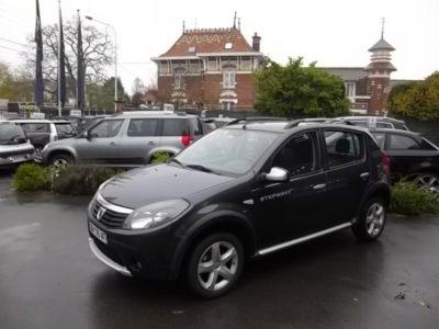 Dacia SANDERO d'occasion (10/2011) disponible à Villeneuve d'Ascq