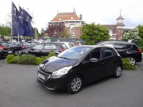 Peugeot 208 d'occasion (09/2012) disponible à Villeneuve d'Ascq
