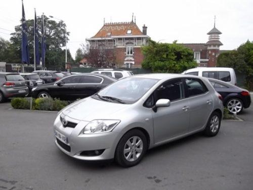 Toyota AURIS d'occasion (07/2009) en vente à Croix