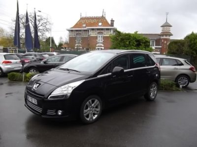 Peugeot 5008 5 PLACES d'occasion (11/2010) disponible à Villeneuve d'Ascq
