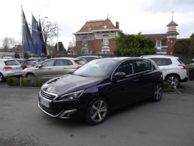 Peugeot 308 d'occasion (10/2014) disponible à Villeneuve d'Ascq