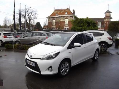 Toyota YARIS HYBRID d'occasion (08/2014) en vente à Villeneuve d'Ascq
