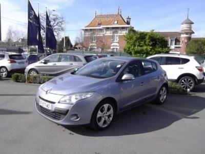Renault MEGANE III d'occasion (11/2009) en vente à Croix