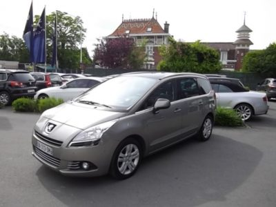Peugeot 5008 5 PLACES d'occasion (11/2013) en vente à Croix