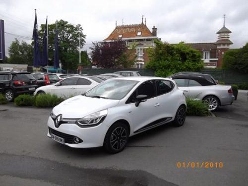 Renault CLIO IV d'occasion (10/2015) disponible à Villeneuve d'Ascq