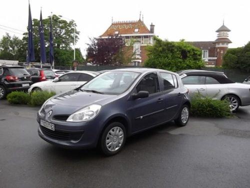 Renault CLIO III d'occasion (09/2007) en vente à Villeneuve d'Ascq