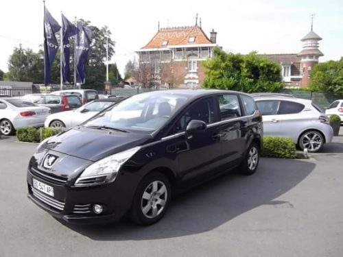 Peugeot 5008 7 PLACES d'occasion (11/2010) en vente à Croix