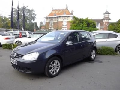 Volkswagen GOLF V d'occasion (10/2006) disponible à Villeneuve d'Ascq