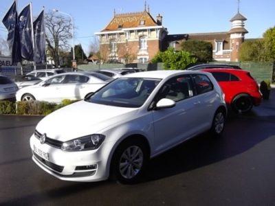 Volkswagen GOLF VII d'occasion (11/2014) disponible à Villeneuve d'Ascq