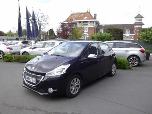 Peugeot 208 d'occasion (06/2013) disponible à Villeneuve d'Ascq